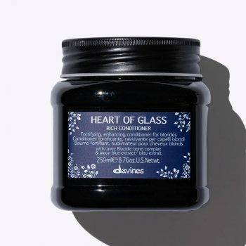 DAVINES HEART OF GLASS RICH CONDITIONER 250 ml - Balsamo ravvivante per capelli biondi.